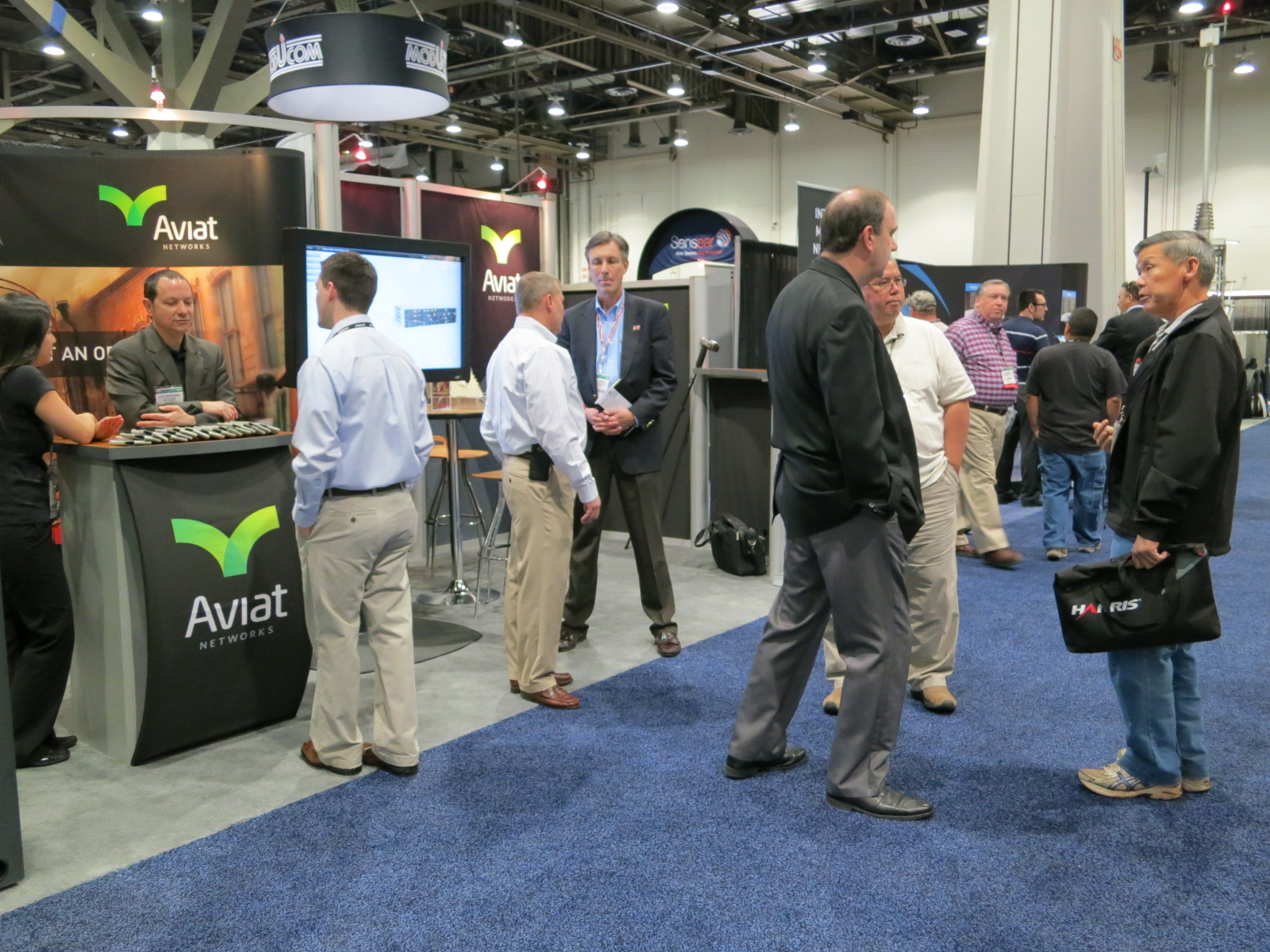 Aviat-at-IWCE-public-safety-LTE-broadband-microwave-backhaul